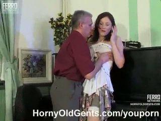 echt brunettes porno, controleren leraar, oude farts