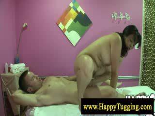 Big ayu woman asia pijet humping
