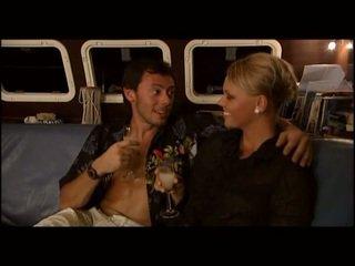 Ellen saint sexo em um yatch