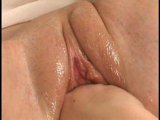 echt brunette porno, meer schattig, vol plezier thumbnail