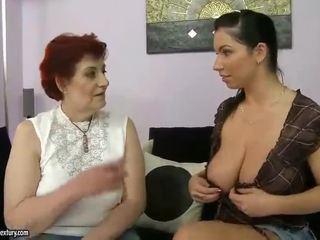 Rasva mummo ja povekas teinit appreciating lesbo porno