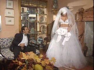 Sau các đám cưới