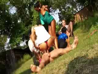 Lesbo oral piss fetish watersports
