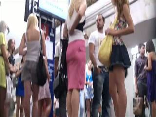 מתחת לחצאית, כל סרטון פורנו באחד, זין כפול בבחורה אחת