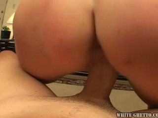 Doll Onto Divan Squirts And Bonks To Have The Nice Cumshot