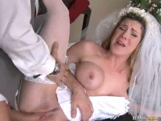 brides, stockings