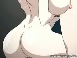 Loads a hentai gecilövés önt ki a neki mindkét holes