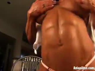 frisch große brüste beobachten, kostenlos muskel, große klitoris beobachten