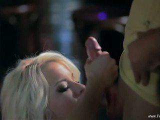 Sparkle công việc vì khiêu dâm cô gái tóc vàng mẹ tôi đã muốn fuck