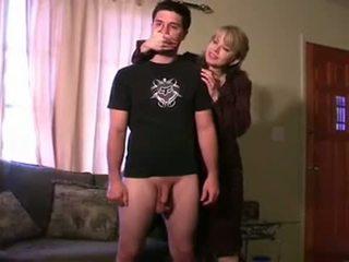 Potrestán podle step-mom a neighbour