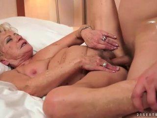 ग्रॉनी सेक्स कॉंपिलेशन