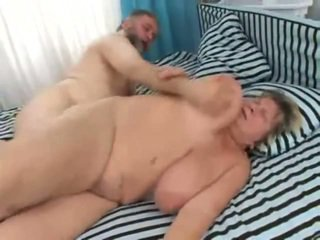 Vids Of Big People Having Porn At Homemade Onto A Bed