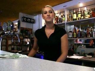 Amateur babe Lenka pounded at the bar