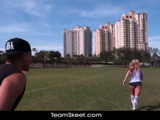 Therealworkout likainen blondi addison avery tehty rakkaus jälkeen football koulutus