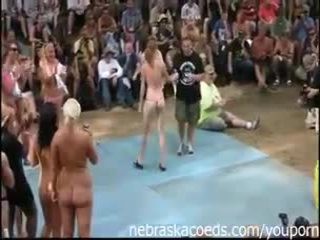 Amatoriale contests a nudes un poppin festival in indiana estate 2012