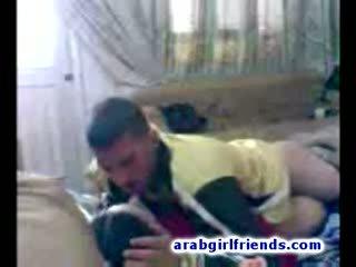 Turned pe arab cuplu merge obraznic futand în fierbinte facut acasa