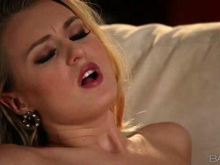 Karštas blondinė natalia starr pleases jos vyras video