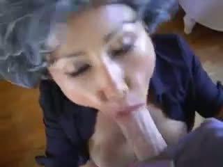 Zralý asijské mladý pervert