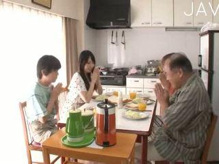 מלא יפני גדול, אידאל מציצה, נחמד תינוק כיף