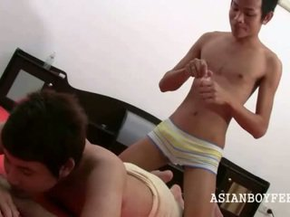 Hawt Foot Massage