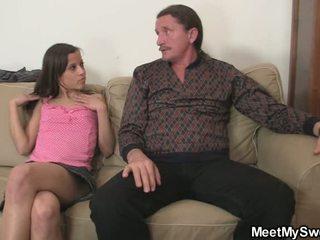 十代のセックス, 若い, 集団セックス