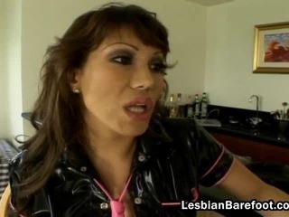 Lesbian Wench In Fishnet RiDing A Sextoy