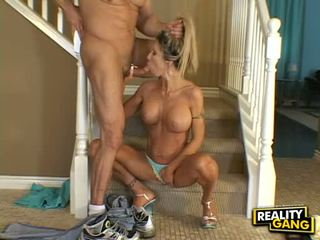Hot Matured Doxy Morgan Ray Deliciously Whacks Her Mouth With A Beefy Penis
