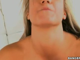 Lutty Blond Kara Novak Blowing Her Man's Cock Harder Until It Blasts Out On Her