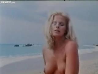 Monica nackt Carrico Monica Sims