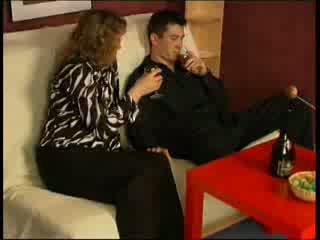 Drunk mommy seduces neiboughrs son Video