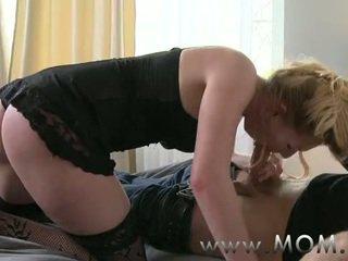 female-friendly, mature, mom