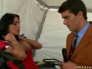 brunette porno, brazzers klem, groot broodmager kanaal