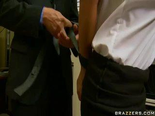 يتم التصويت عليها الجنس المتشددين أنت, عظيم ديكس كبيرة كل, نظارات