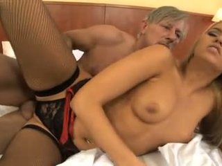 Aleska diamond - die angels