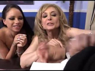 Raven bay et nina hartley interracial cocu amusement