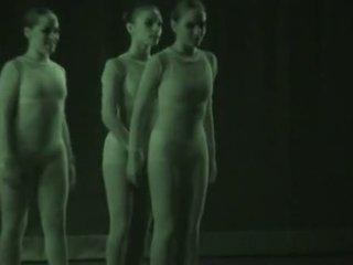 Seksuālā dancers recorded ar xray - redzēt cauri