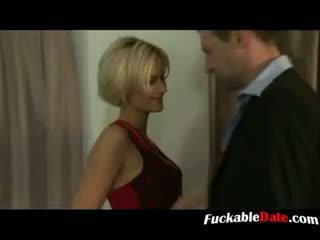 Blondīne francūzieši paklīdusi sieviete būt trijatā un gets double