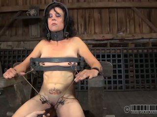 Punishment pre babes bradavky