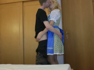 Mature lady loves to fuck a young boy