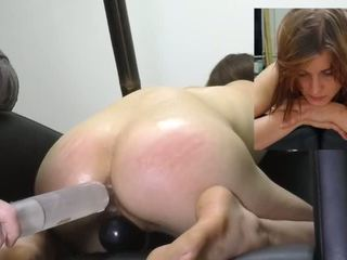 Op Haar Knie porno