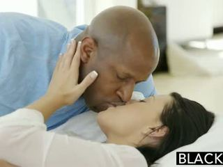 Blacked giovanissima beauty tries interrazziale anale sesso