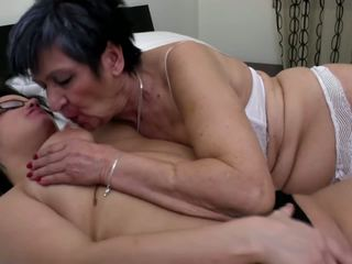 see lesbians fun, you grannies rated, matures more