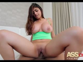 Голям titty arab mia khalifa
