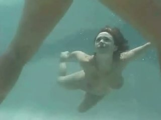 Isabella Soprano Under Water