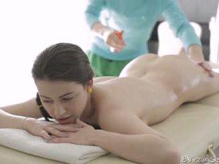 18 virgin bayan - 18 year old alina