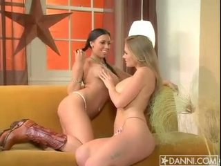 Lesbian addict abby rode starts the fire burning with a hot sundel