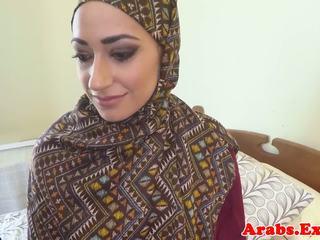 Pounded muslim babe jizzed in mond, gratis porno 89