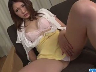 Airi Mizusawa perfect hardcore porn session with toys