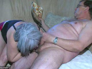 Oldnanny regordeta abuelita es muy cachonda gran trío