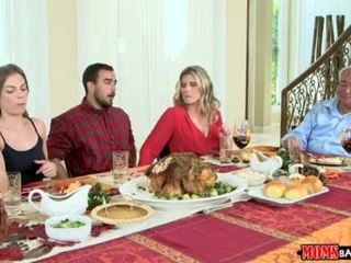 Moms Bang Teen - Naughty Family Thanksgiving <span class=duration>- 10 min</span>